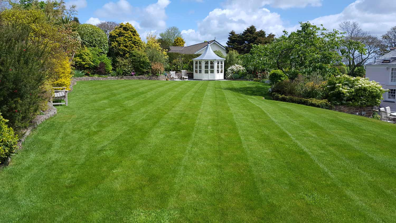 Client Lawn with perfect grass in Truro Cornwall